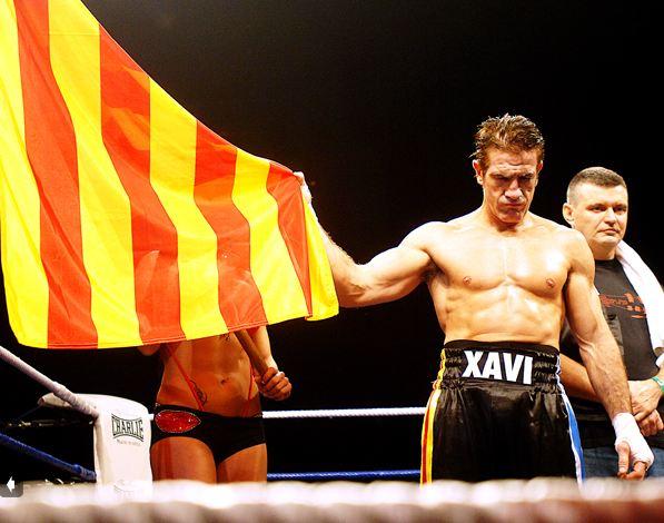 aprender boxeo barcelona gimnasio clases de boxeo gimnasio barcelona xavi moya campeon del mundo esport rogent team moya